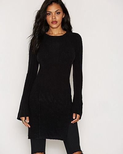 By Malene Birger Leonides Pullover