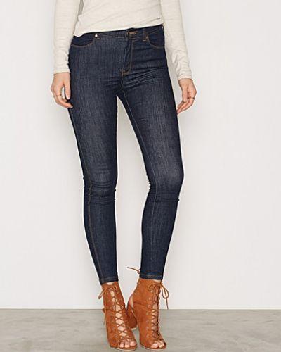 Till dam från Dr Denim, en blå slim fit jeans.