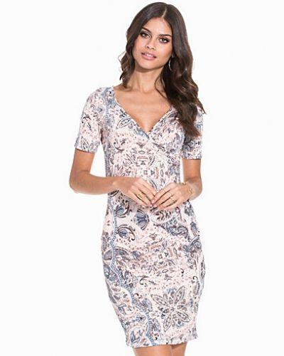 Fodralklänning Line-Cs Dress från Sisters Point