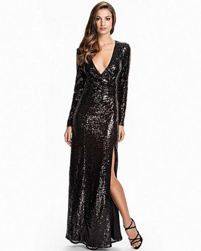 Långärmad klänning från Nly Eve till dam.