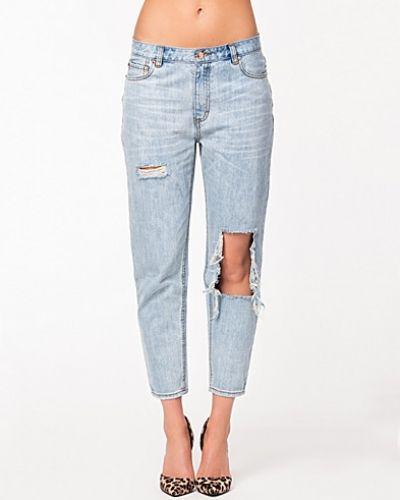 Bootcut jeans från Rebecca Stella For Nelly till dam.