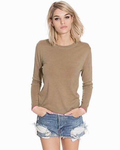 Till dam från Dagmar, en stickade tröja.