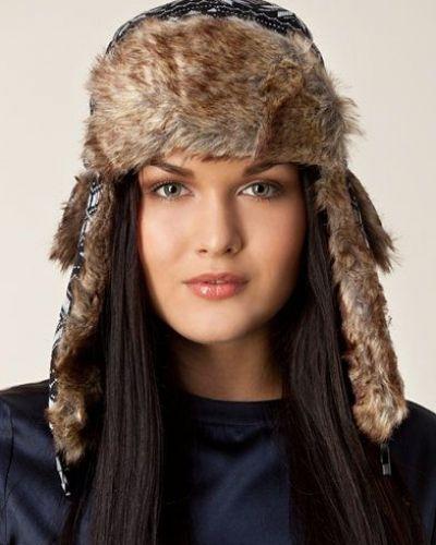 Love Star Earflap Hat från Rut&Circle, Mössor