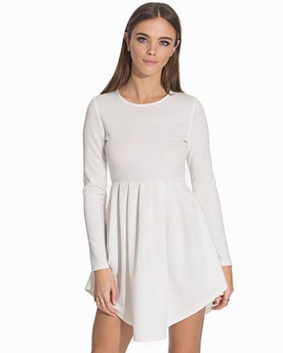 Klänning Lovefool Dress från NLY Trend