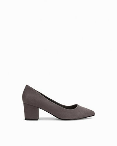 Pumps Low Block Heel Pump från Nly Shoes
