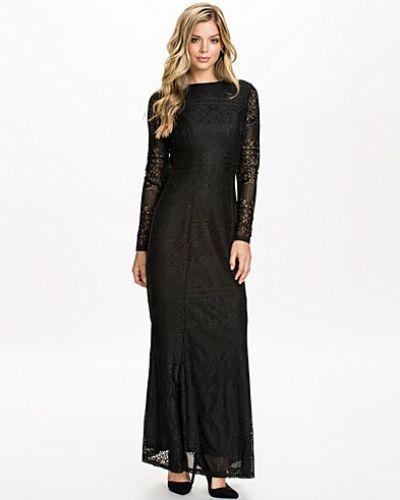 Till dam från Club L, en svart maxiklänning.