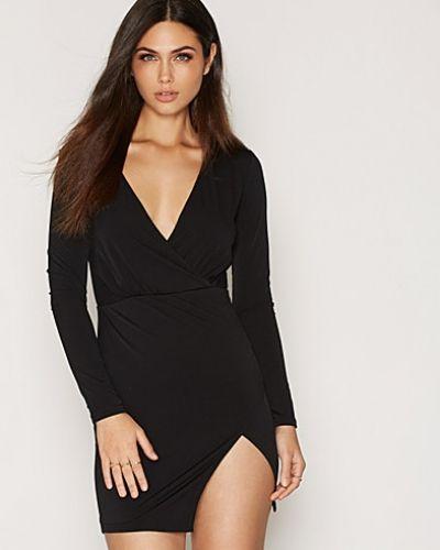 Svart långärmad klänning från Glamorous till dam.