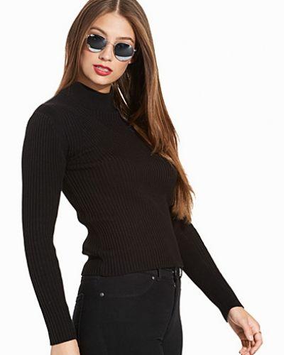 Till dam från G-Star, en svart stickade tröja.