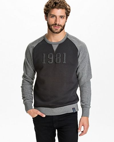 Sweatshirts från Replay till killar.