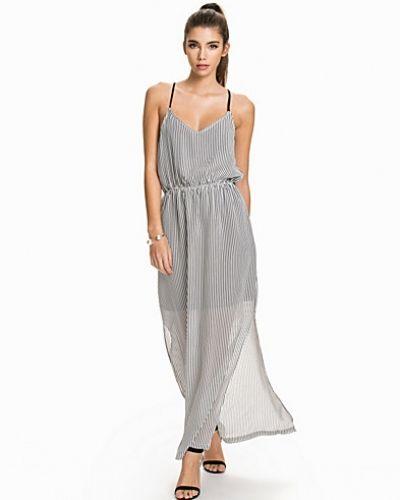 Maite Dress Minimum studentklänning till tjejer.
