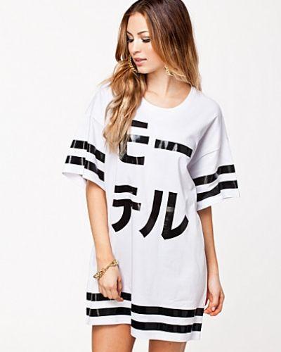 Vit t-shirts från Motel till dam.