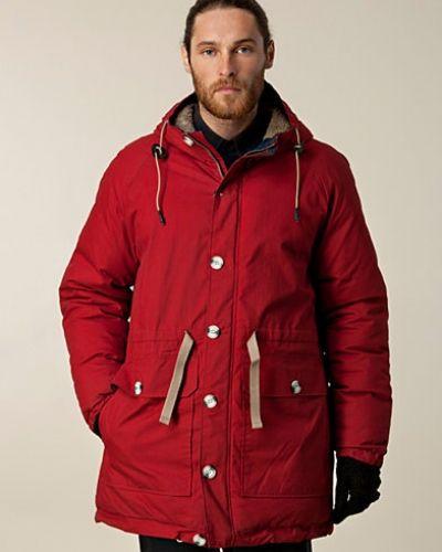 Till herr från Suit, en röd övriga jacka.