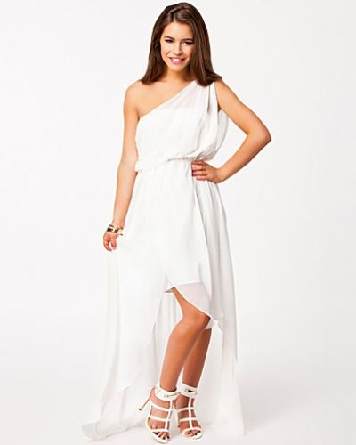 Till tjejer från Dry Lake, en vit studentklänning.