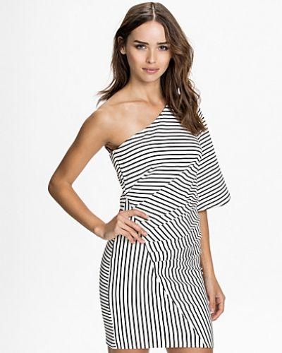 Milly Dress TFNC one shoulder dress till dam.