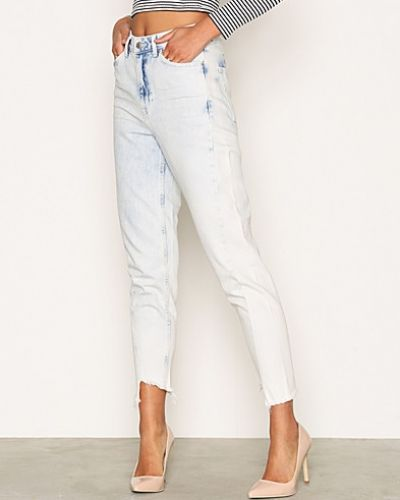 MOTO Bleach Twisted Seam Mom Jeans Topshop straight leg jeans till dam.