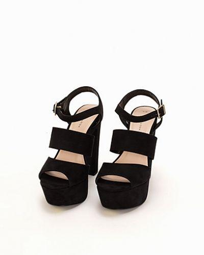 Festsko Multi Strap Sandal från New Look