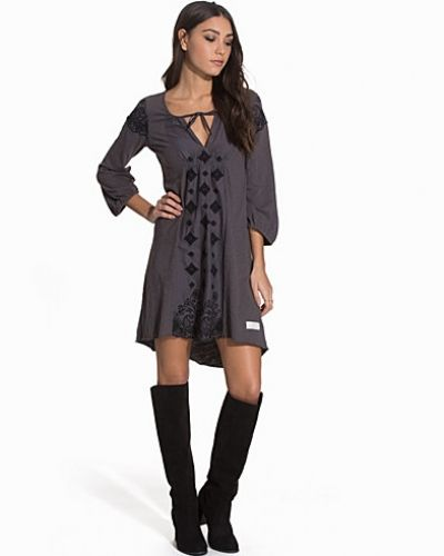 Oversizeklänning Napa Dress från Odd Molly