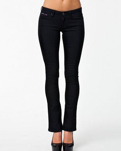 Natalie Micro Flare CLST 1657631217 Hilfiger Denim bootcut jeans till tjejer.