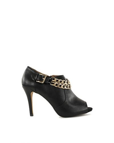 River Island Niggle Chain Shoeboot