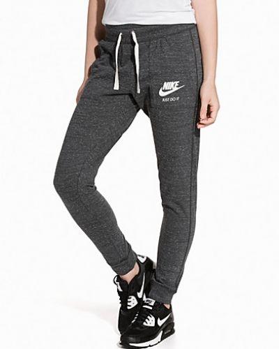 Byxa från Nike till dam.