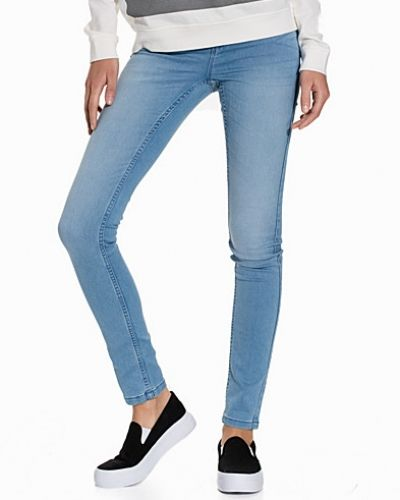 NMEXTREME LUCY NW SOFT JEANS VI328 Noisy May slim fit jeans till dam.