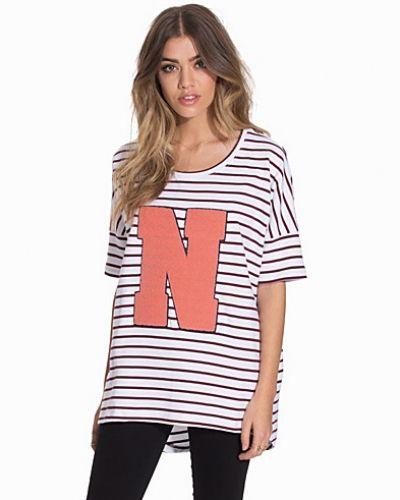 Oversize-tröja NMLENIS 2/4 TOP från Noisy May
