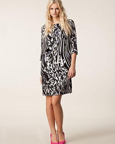 Klänning Nonac Silk Dress från By Malene Birger
