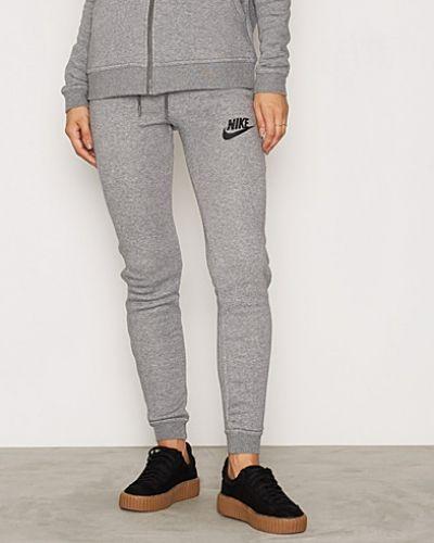 Till dam från Nike, en grå byxa.