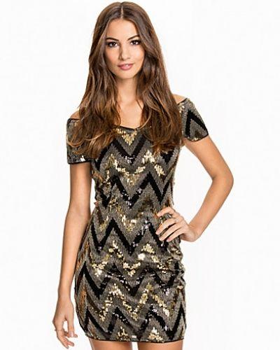 NLY One Off Shoulder Heart Dress