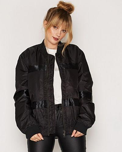 d. Brand Oliver Bomber Jacket
