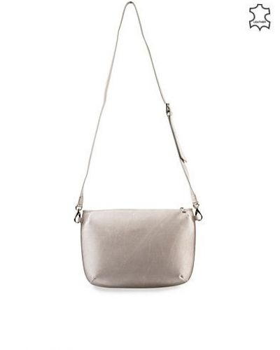Ona Plain Leather från Whyred, Handväskor