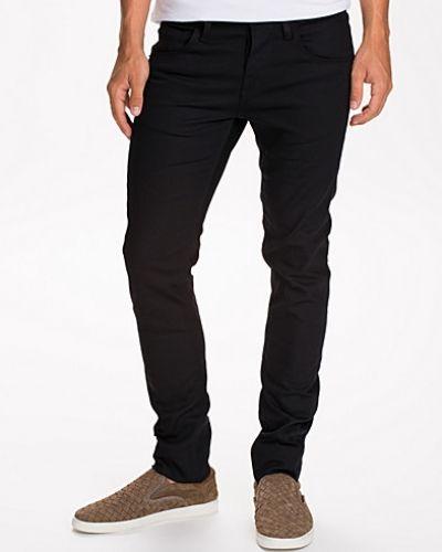 Svart slim fit jeans från Selected Homme till herr.