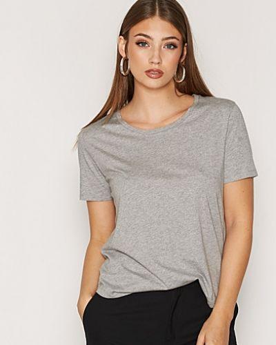 One Tee Hope t-shirts till dam.