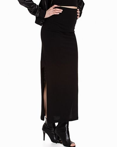 ONLY maxikjol till kvinna.