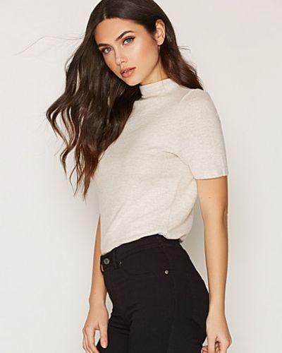 Till dam från ONLY, en brun stickade tröja.
