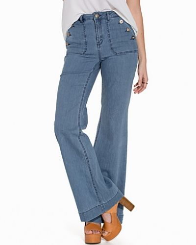 onlLEA HIGHW DNM FLARED JEANS CRE ONLY blandade jeans till dam.