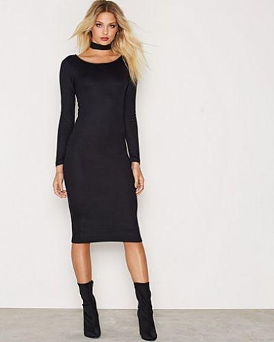 onlNEW BROOKS L/S CALF DRESS ESS ONLY långärmad klänning till dam.
