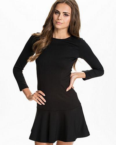 Långärmad klänning Orchard Solid Jersey Dress från French Connection