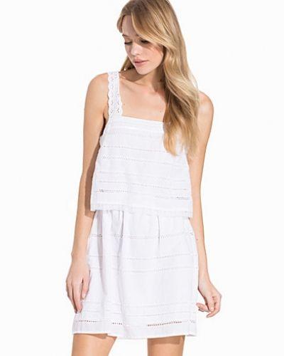 Till dam från Topshop, en vit tunika.
