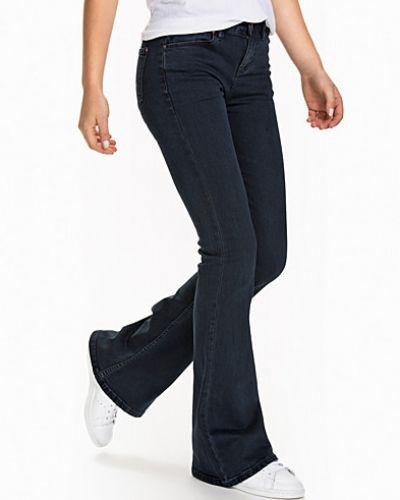 Blandade jeans P Flare Trousers från New Look