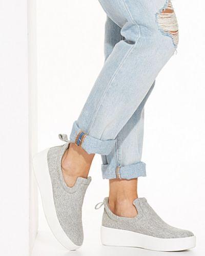 Grå sneakers från Nly Shoes till dam.