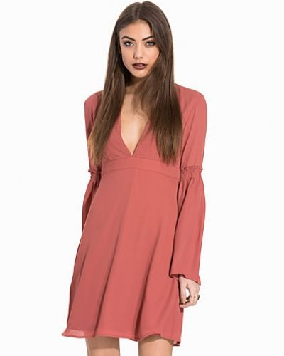 NLY Trend Party Sleeve Dress
