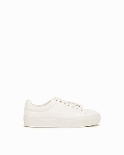 Nly Shoes Patent Sneaker