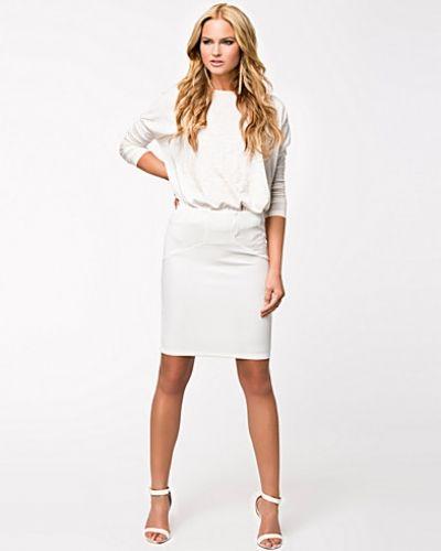 Vero Moda Peach Knee Skirt
