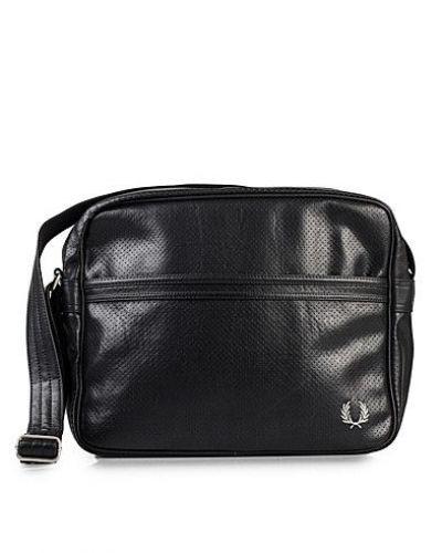 Perforated Shoulder Bag - Fred Perry - Handväskor