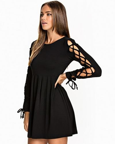 NLY Trend Pick Me Dress