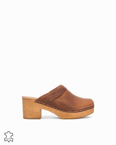 Pira Sixtyseven sneakers till dam.