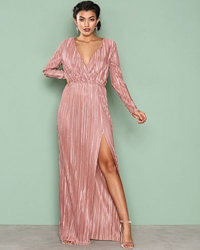Nly Eve Pleated Long Sleeve Gown