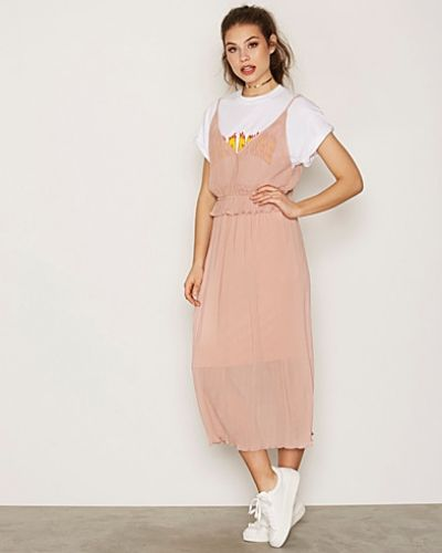 NLY Trend Pleated Strap Dress
