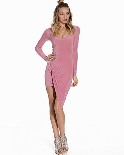 Plunge Neck Ruched Detail Dress Club L fodralklänning till dam.